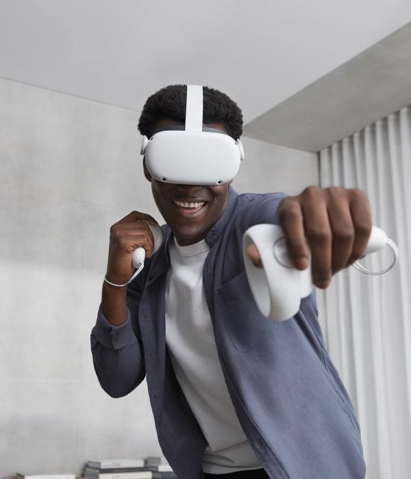 Jugando a las Oculus Quest 2