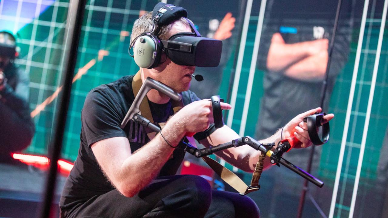 Jugando a Onward con Oculus Rift
